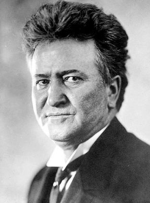 """FIGHTIN' BOB"": Robert Marion La Follette, who served as governor from 1901 to 1906, was well known for championing progressive causes, including labor rights and women's suffrage. PHOTO: Wikipedia"