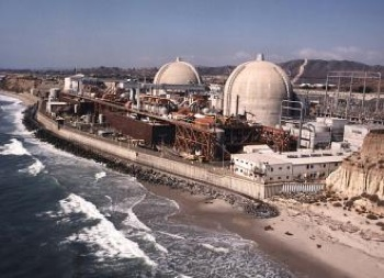 The San Onofre nuclear generating plant sits on the Pacific Ocean coast between Los Angeles and San Diego.