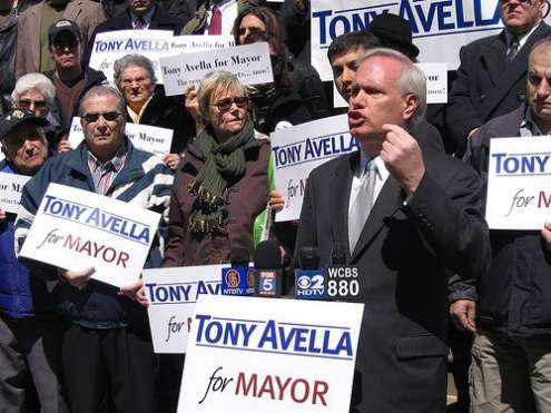 Photo:  http://www.tonyavellaformayor.com/photos/gallery/2