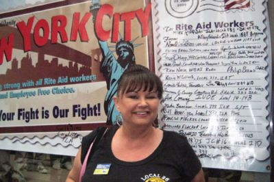 STANDING UP: Angel Warner traveled to New York last June to speak in favor of labor law reform. She and her co-workers voted to unionize their Rite Aid warehouse in California in March 2008 and are still waiting for a contract 19 months later. PHOTO: RAND WILSON