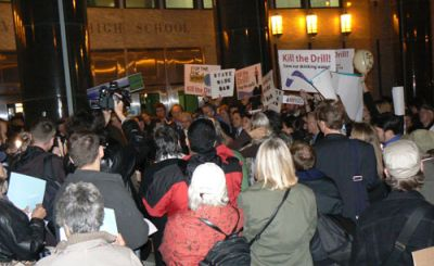 WATER DEFENSE: Hundreds rally at a natural gas drilling hearing in Lower Manhattan Nov. 10. PHOTO: JAISAL NOOR