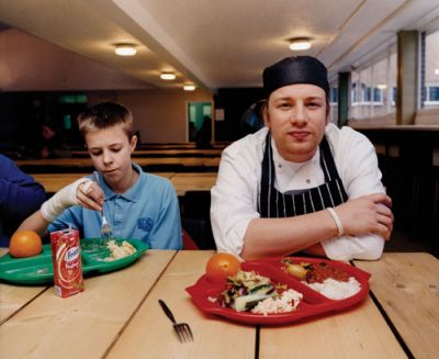 DISTASTEFUL: Chef Jamie Oliver cooks for students at West Virginia's Central City Elementary School, featured in his reality TV series Food Revolution, airing on ABC. PHOTO COURTESY: BRITANNICA.COM