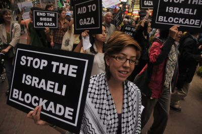 Protesters marched across 42nd Street in support of the Gaza Freedom Flotilla May 27. Photo by Ellen Davidson