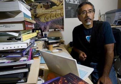 UCSD Professor Ricardo Dominguez works in the field of electronic civil disobedience. (PHOTO: San Diego Tribune/Nelvin C. Cepeda)