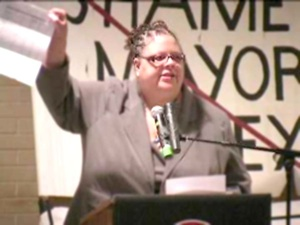 PUSHING BACK: Karen Lewis, the newly elected president of the Chicago Teachers Union. PHOTO: LABORBEAT.ORG