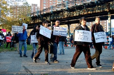 FIGHT BACK FRIDAYS: Supporters of John Dewey High School in Coney Island are holding regular Friday protests to demonstrate against the NYC Department of Education (DOE ) plan to close the school. PHOTO: MICHAEL SOLO