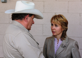 On May 22, 2010, Congresswoman Giffords met with constituents one-on-one at the Safeway located at Duval Mine Road and La Canada in Green Valley, AZ. PHOTO: giffords.house.gov