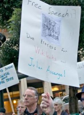 WikiLeaks supporters call out the harsh treatment of Julian Assange. PHOTO: Steve Rhodes