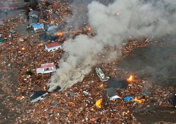 CHAOS AND DESTRUCTION: The city of Sendai, with a population of 1 million, was devastated by Friday's disaster. PHOTO: REUTERS/ Kyodo