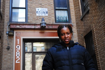 TURNING IT UP: Roslyn Gaspard, the property manager for Mount Hope Housing Corporation in Bronx helps tenants receive a much-needed oil subsidy. PHOTO: Sophie Forbes
