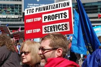 Responding to the near-universal threat of budget cuts and privatization, transit workers and transit riders are learning how to work together, like these Toronto activists did. PHOTO: ATU Local 113