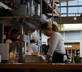 restaurantstaffrippedoff.jpg