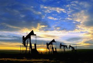 thegaswarsRRcrude_oil.jpg