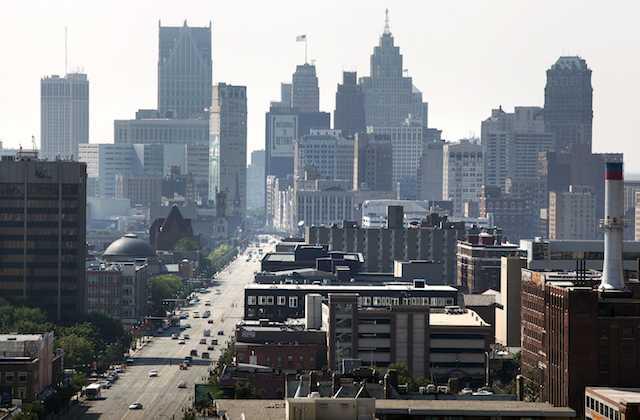 detroit_downtown_72013-thumb-640xauto-8703.jpg