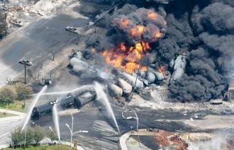 la-apphoto-canada-oil-train-derailment-jpg-20130706.jpg