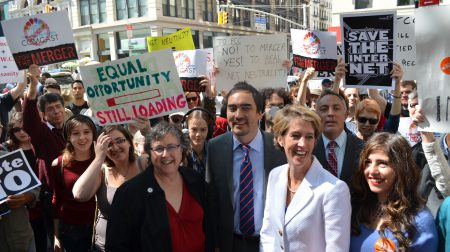 Zephyr Teachout net neutrality rally.jpg