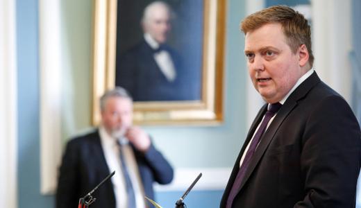 ICELAND-Icelands-Prime-Minister-SigmundurDavidGunnlaugsson-AP520x300.jpg