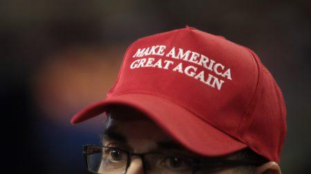 Make_America_Great_Again_hat_(27149010964).jpg